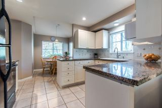 """Photo 8: 24 10505 171 Street in Surrey: Fraser Heights Townhouse for sale in """"NEWFIELD GATE ESTATES"""" (North Surrey)  : MLS®# R2408867"""