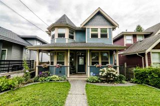 Photo 1: 1510 HAMILTON Street in New Westminster: West End NW House for sale : MLS®# R2371409