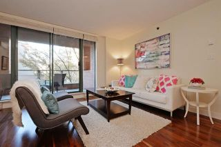 Photo 3: 202 503 W 16 Avenue in : Fairview VW Condo for sale (Vancouver West)  : MLS®# R2016900