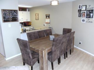 Photo 4: 107 11595 FRASER Street in Maple Ridge: East Central Condo for sale : MLS®# R2363900