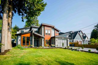 Photo 2: 8686 154A Street in Surrey: Fleetwood Tynehead House for sale : MLS®# R2493274