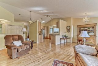 Photo 7: 7 Scotia Landing NW in Calgary: Scenic Acres Row/Townhouse for sale : MLS®# A1146386