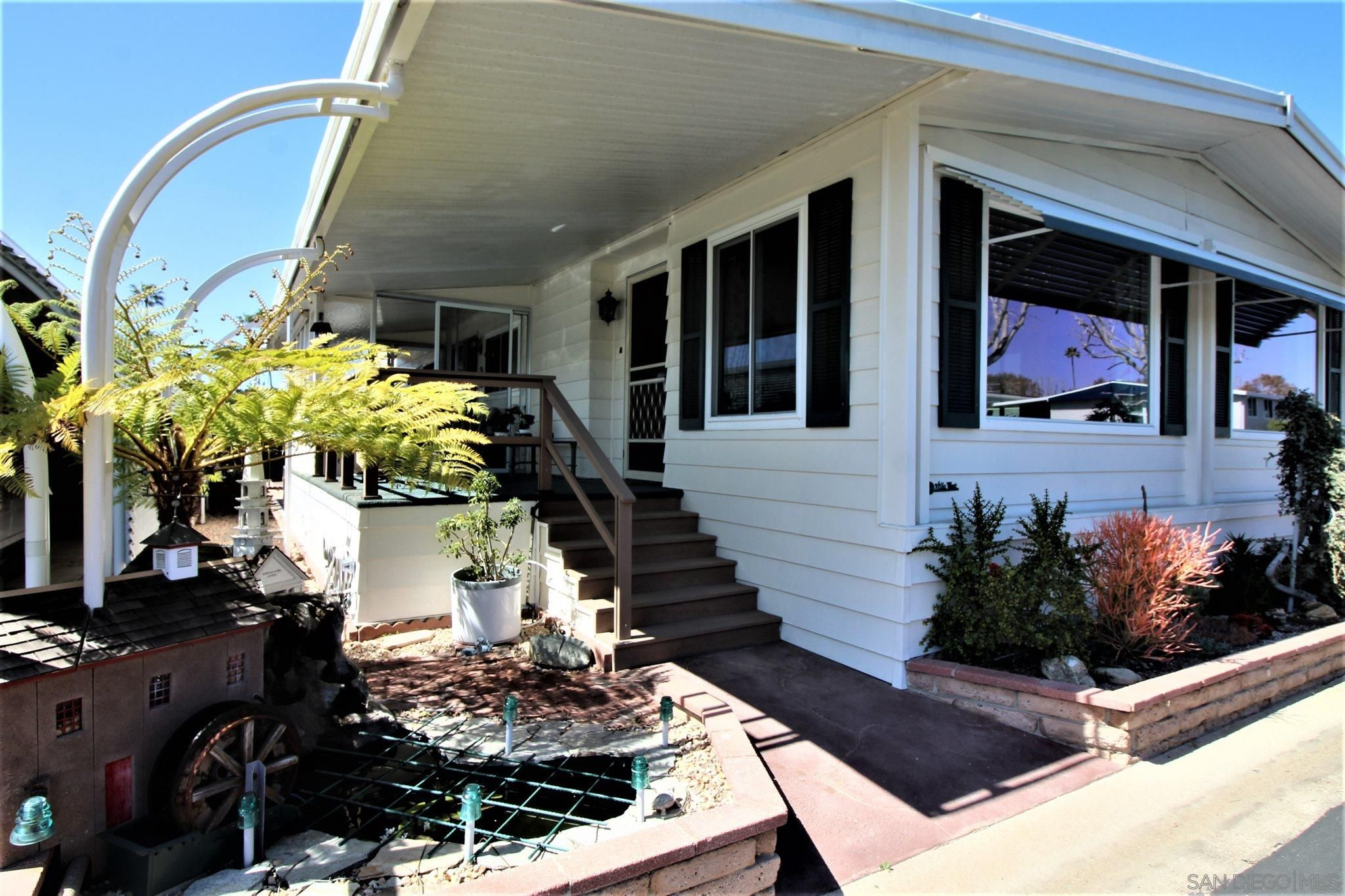 Main Photo: CARLSBAD WEST Mobile Home for sale : 2 bedrooms : 7219 San Miguel #260 in Carlsbad