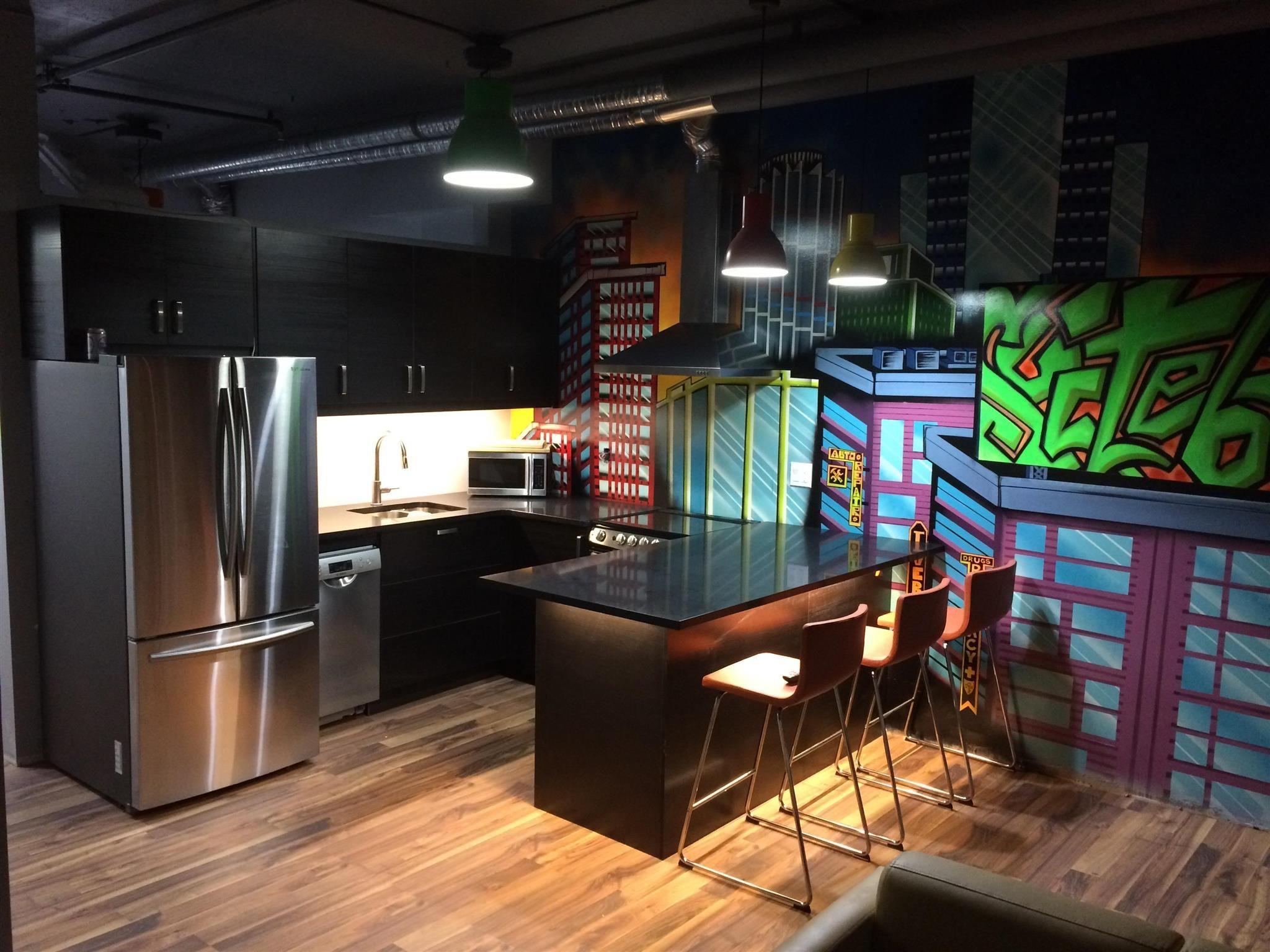 Main Photo: 613 10024 JASPER Avenue in Edmonton: Zone 12 Condo for sale : MLS®# E4248064