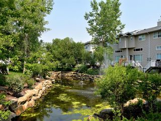 Photo 2: 298 INGLEWOOD Grove SE in Calgary: Inglewood Row/Townhouse for sale : MLS®# A1130270
