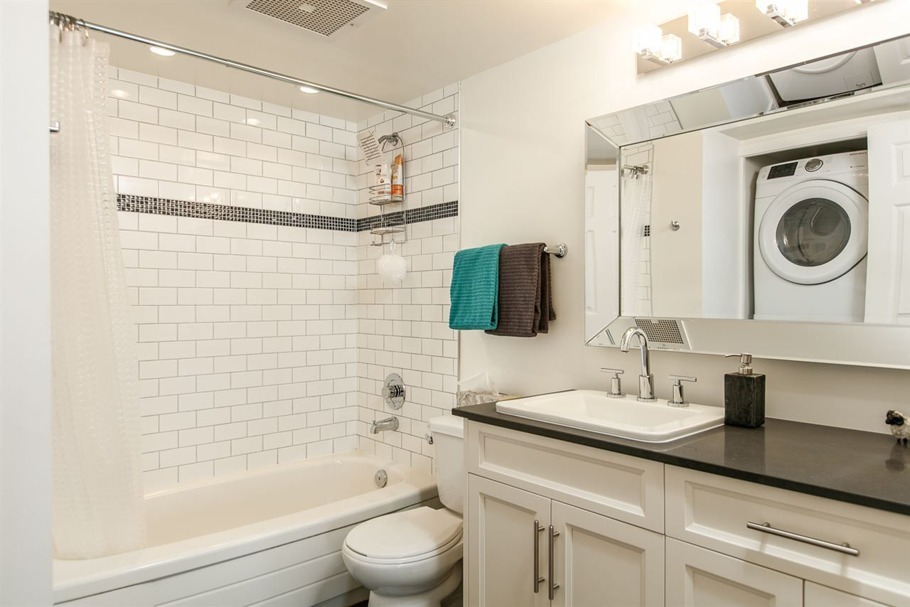 """Photo 9: Photos: 500 328 CLARKSON Street in New Westminster: Downtown NW Condo for sale in """"HIGHBOURNE TOWER"""" : MLS®# R2305428"""