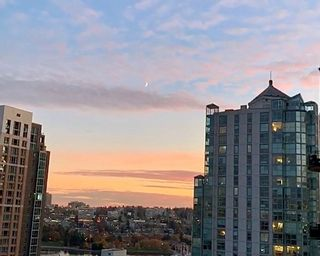 "Photo 12: 1602 1238 RICHARDS Street in Vancouver: Yaletown Condo for sale in ""The Metropolis"" (Vancouver West)  : MLS®# R2517666"