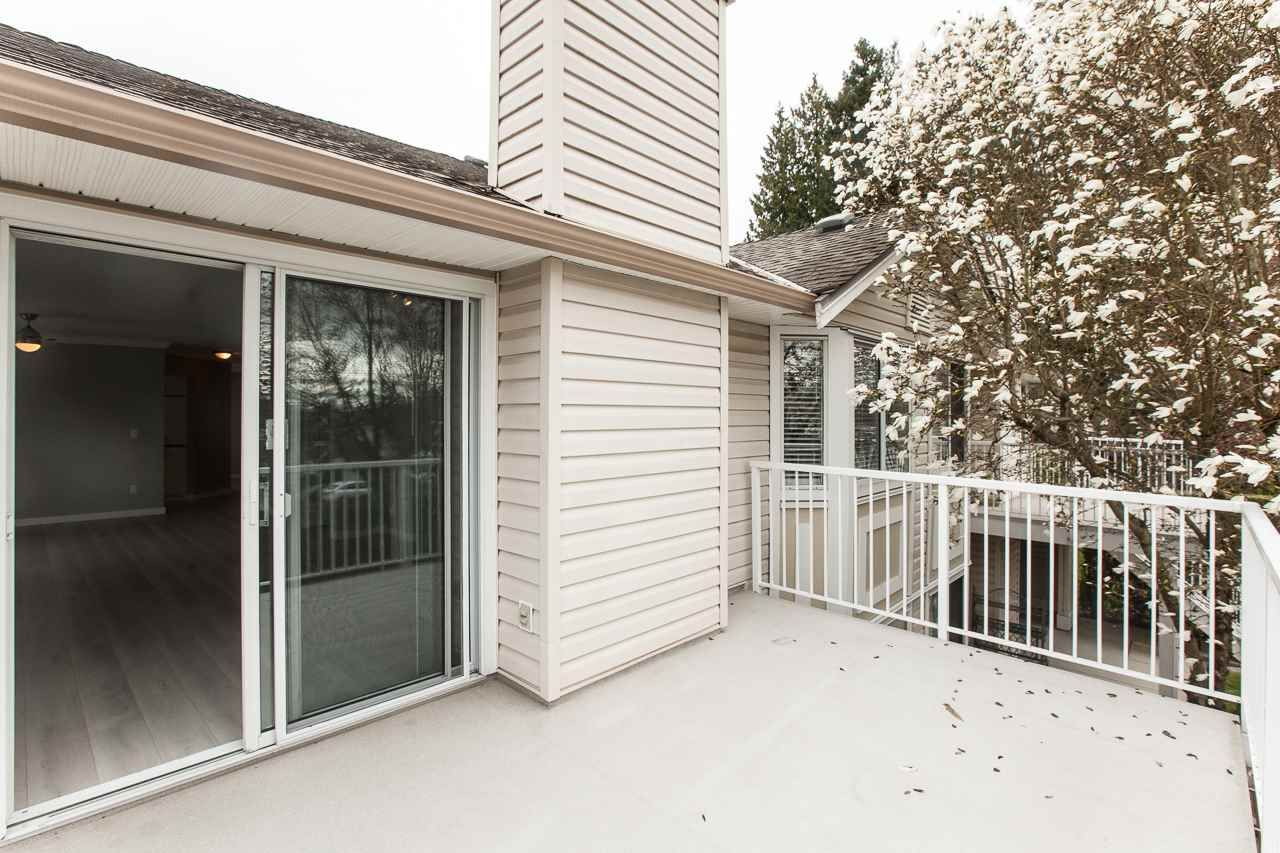 """Photo 18: Photos: 213 16031 82 Avenue in Surrey: Fleetwood Tynehead Townhouse for sale in """"SPRINGFIELD"""" : MLS®# R2450927"""