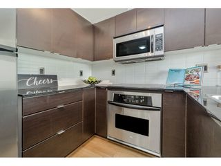 """Photo 5: 401 4182 DAWSON Street in Burnaby: Brentwood Park Condo for sale in """"TANDEM 3"""" (Burnaby North)  : MLS®# R2193925"""