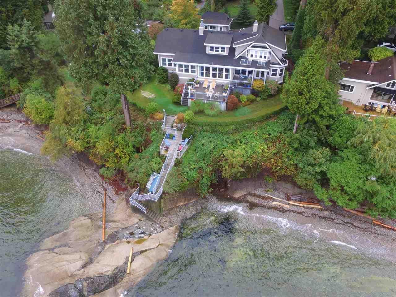 Main Photo: 3435 BEACH AVENUE: Roberts Creek House for sale (Sunshine Coast)  : MLS®# R2414197