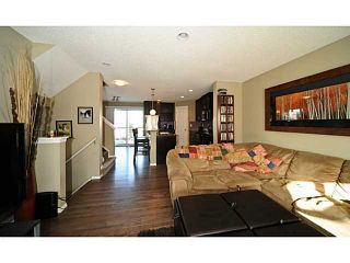 Photo 4: 14 COUNTRY VILLAGE Gate NE in CALGARY: Country Hills Village Townhouse for sale (Calgary)  : MLS®# C3578013