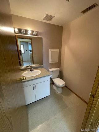 Photo 9: 1405 Spruce St in : CR Campbellton Office for sale (Campbell River)  : MLS®# 875904