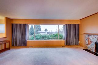 Photo 4: 1189 BRISBANE Avenue in Coquitlam: Harbour Chines House for sale : MLS®# R2522091