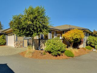 Photo 1: 104 1645 Narissa Rd in : Sk Whiffin Spit Row/Townhouse for sale (Sooke)  : MLS®# 854987