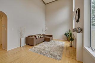 Photo 4: 1011 116 Street in Edmonton: Zone 16 House for sale : MLS®# E4245930