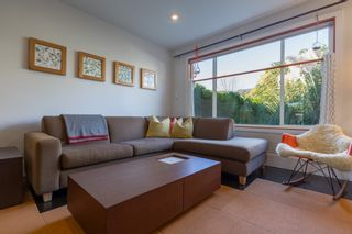 Photo 4: 1834 NAPIER Street in Vancouver: Grandview VE House for sale (Vancouver East)  : MLS®# R2111926