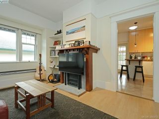 Photo 4: 2750 Belmont Ave in VICTORIA: Vi Oaklands House for sale (Victoria)  : MLS®# 781735