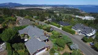 Photo 32: 8806 Forest Park Dr in NORTH SAANICH: NS Dean Park House for sale (North Saanich)  : MLS®# 742167