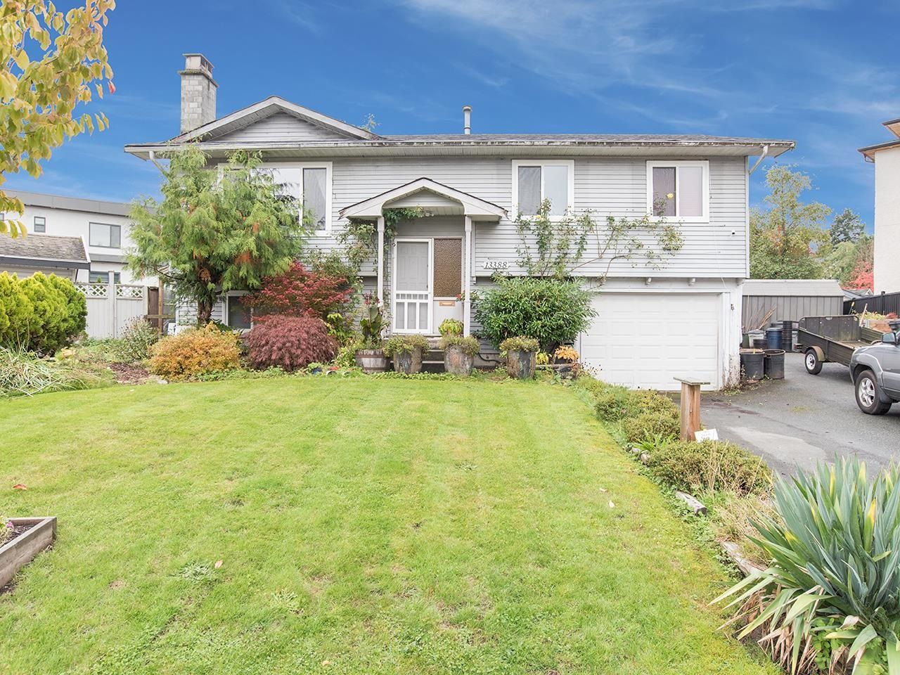 Main Photo: 13388 CYPRESS Place in Surrey: Queen Mary Park Surrey House for sale : MLS®# R2624139