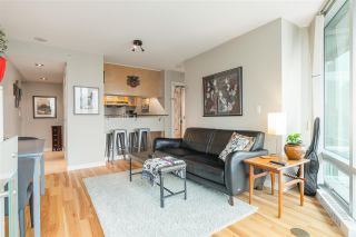 """Photo 10: 901 1003 BURNABY Street in Vancouver: West End VW Condo for sale in """"Milano"""" (Vancouver West)  : MLS®# R2498436"""