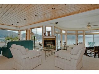 Photo 4: 5730 SUNSHINE FALLS Lane in North Vancouver: Woodlands-Sunshine-Cascade House for sale : MLS®# V1058483