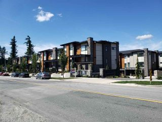Photo 2: 9 33209 CHERRY Avenue in Mission: Mission BC Townhouse for sale : MLS®# R2488328
