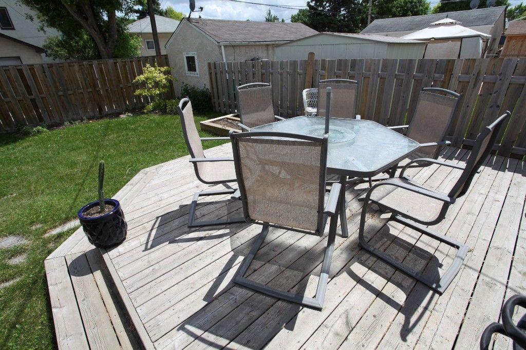 Photo 39: Photos: 1193 Ashburn Street in Winnipeg: West End / Wolseley Single Family Detached for sale (West Winnipeg)  : MLS®# 1313042