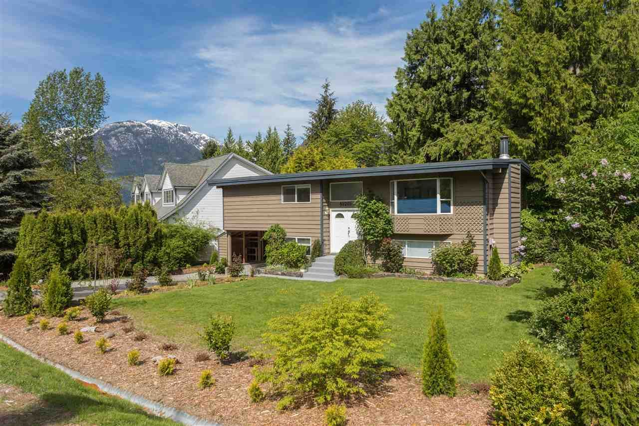 "Main Photo: 40205 KINTYRE Drive in Squamish: Garibaldi Highlands House for sale in ""Garibaldi Highlands"" : MLS®# R2170328"