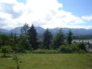 Photo 3: 7643 VICTOR LANE in FANNY BAY: Comox Valley Residential Detached for sale (Vancouver Island/Smaller Islands)  : MLS®# 237099