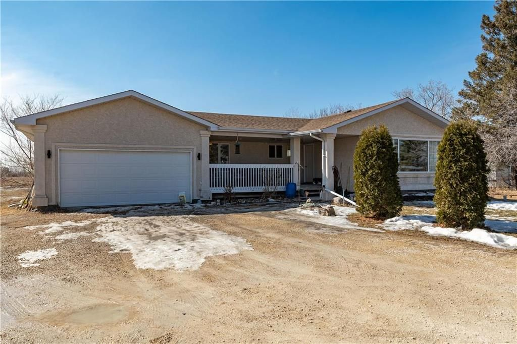 Main Photo: 194 Lockport Road in St Andrews: R13 Residential for sale : MLS®# 202105962