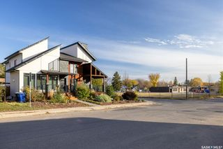Photo 3: 1604 Edward Avenue in Saskatoon: North Park Residential for sale : MLS®# SK873847