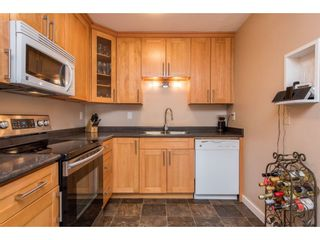 Photo 11: 2731 SANDON Drive in Abbotsford: Abbotsford East 1/2 Duplex for sale : MLS®# R2465011