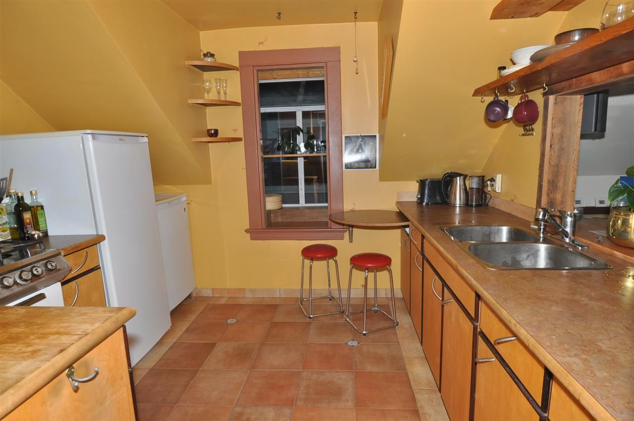 Photo 7: Photos: 523 E 11TH Avenue in Vancouver: Mount Pleasant VE House for sale (Vancouver East)  : MLS®# R2541530