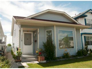 Photo 1: 228 ERIN MEADOW Close SE in Calgary: Erin Woods House for sale : MLS®# C4069091