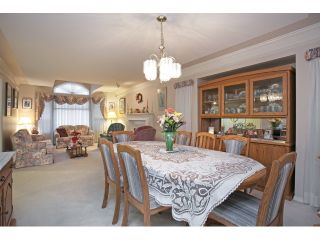 """Photo 6: 22071 OLD YALE Road in Langley: Murrayville House for sale in """"UPPER MURRAYVILLE"""" : MLS®# R2028822"""