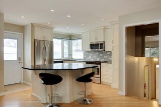 Photo 6: 51 MIDGLEN Road SE in Calgary: Midnapore House for sale : MLS®# C4119988