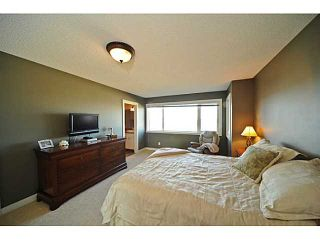 Photo 10: 99 EVERGREEN Square SW in CALGARY: Shawnee Slps Evergreen Est Residential Detached Single Family for sale (Calgary)  : MLS®# C3527266