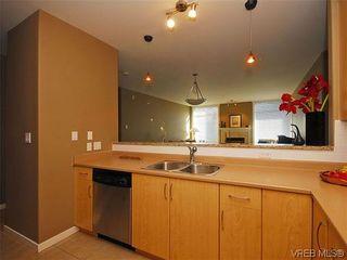 Photo 11: 206 330 Waterfront Cres in VICTORIA: Vi Rock Bay Condo for sale (Victoria)  : MLS®# 628331