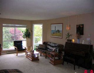 """Photo 5: 303 15875 MARINE DR: White Rock Condo for sale in """"South Port"""" (South Surrey White Rock)  : MLS®# F2610227"""