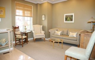 Photo 3: 5 Schoolhouse Rd in Markham: Angus Glen Freehold for sale : MLS®# N4929387