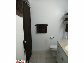 """Photo 6: 44 17706 60TH Avenue in Surrey: Cloverdale BC Condo for sale in """"CLOVER PARK"""" (Cloverdale)  : MLS®# F1204628"""
