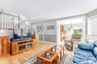 """Photo 9: 5346 LAUREL Way in Ladner: Hawthorne House for sale in """"Victory South"""" : MLS®# R2030940"""