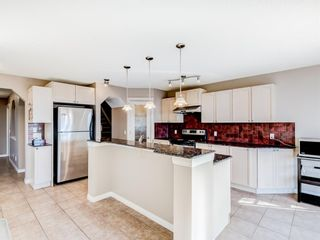 Photo 4: 236 Chapalina Heights SE in Calgary: Chaparral Detached for sale : MLS®# A1078457