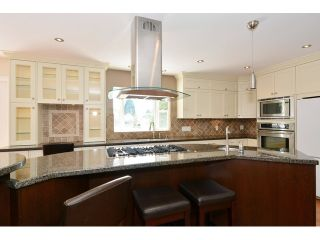"""Photo 3: 14474 18 Avenue in Surrey: Sunnyside Park Surrey House for sale in """"Sunnyside"""" (South Surrey White Rock)  : MLS®# F1439458"""