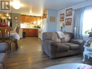 Photo 2: 8, 812 6 Avenue SW in Slave Lake: House for sale : MLS®# A1053665