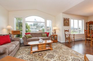 Photo 6: 788 Martin Rd in : SE High Quadra House for sale (Saanich East)  : MLS®# 868687