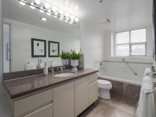 """Photo 9: 504 2108 W 38TH Avenue in Vancouver: Kerrisdale Condo for sale in """"The Wilshire"""" (Vancouver West)  : MLS®# R2400833"""