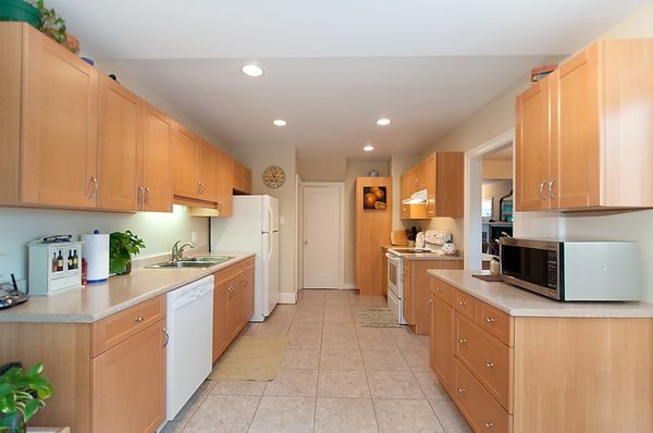 Photo 10: Photos: 4073 W 19TH Avenue in Vancouver: Dunbar House for sale (Vancouver West)  : MLS®# V995201