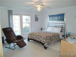 Photo 10: 611 2850 Stautw Rd in SAANICHTON: CS Hawthorne Manufactured Home for sale (Central Saanich)  : MLS®# 557999