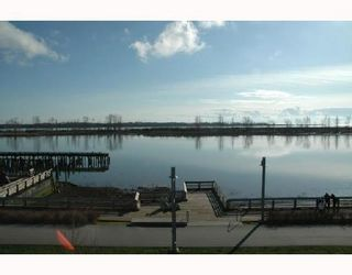 """Photo 2: 319 4600 WESTWATER Drive in Richmond: Steveston South Condo for sale in """"COPPERSKY"""" : MLS®# V694436"""